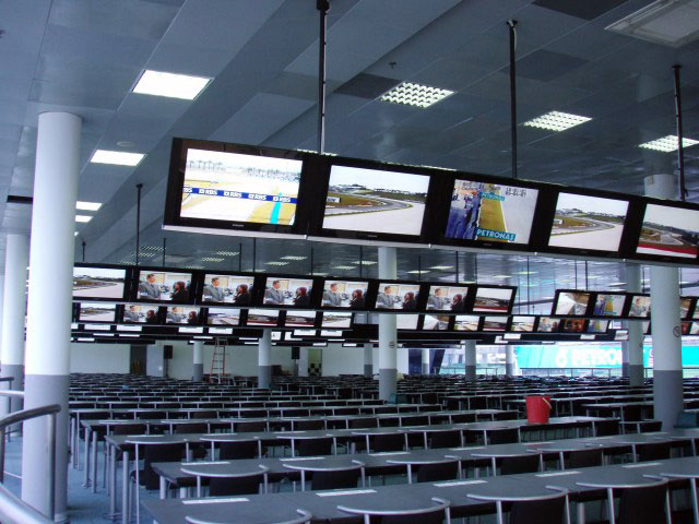 f1_media-centre